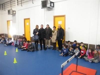 CONSEGNA ATTrezzature sportive palestra Cesare Battisti