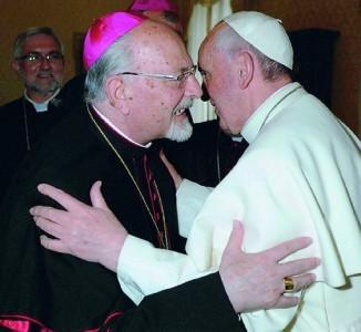 1396119990-il-vescovo-urso-papa-francesco-e-il-mal-di-gola