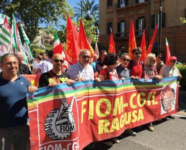 Delegazione ragusana allo sciopero generale della Fiom a Palermo