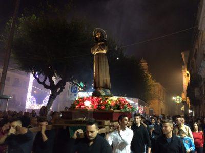 san-francesco-2015-la-processione-in-piazza