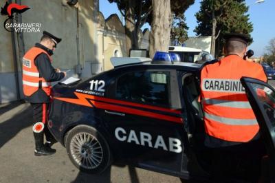 controlli Carabinieri Scoglitti (RG)