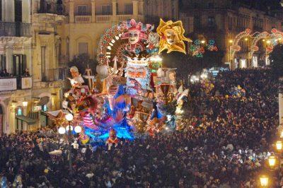 corretto-carnevale-2008-carro-una-chimera-779-x-519