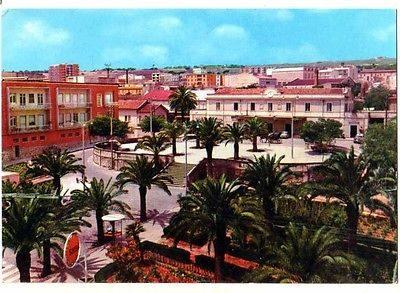 00428-Cartolina-Ragusa-Piazzale-Stazione