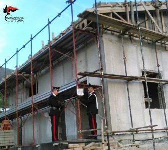 Chiaramonte Gulfi (RG) Carabinieri controlli cantieri edili