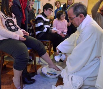 Settimana santa 2016 lavanda dei piedi ai diversamente abili