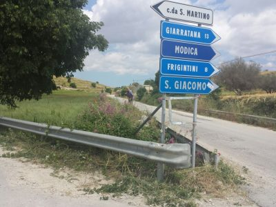 I cittadini ripuliscono le strade