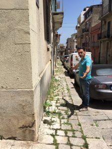 I marciapiedi di via Trento