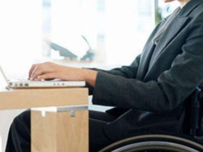 img1024-700_dettaglio2_donna-disabile-al-lavoro1-640x480